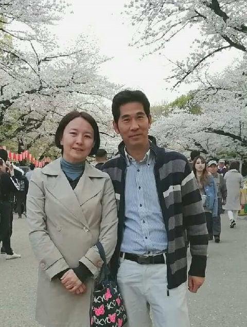 [友人になったガイドさん夫婦の写真]